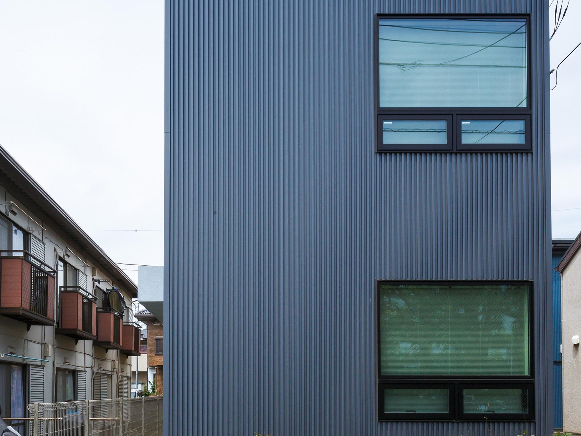 小金井市「Unir」の狭小住宅 完成写真01