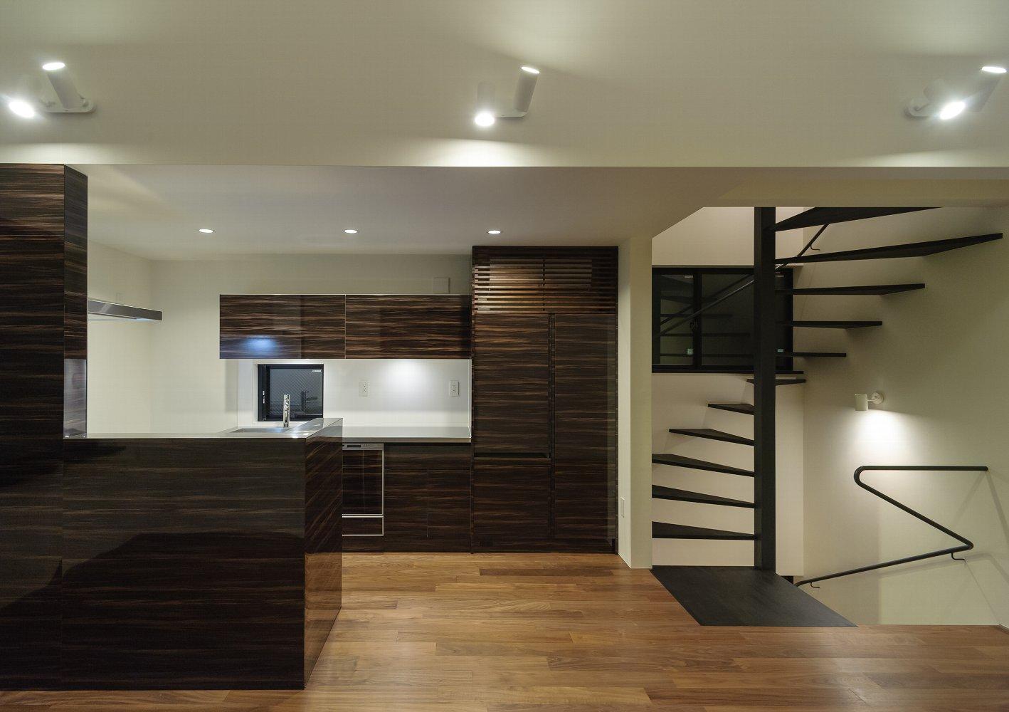 世田谷区「SWH」の狭小住宅 完成写真