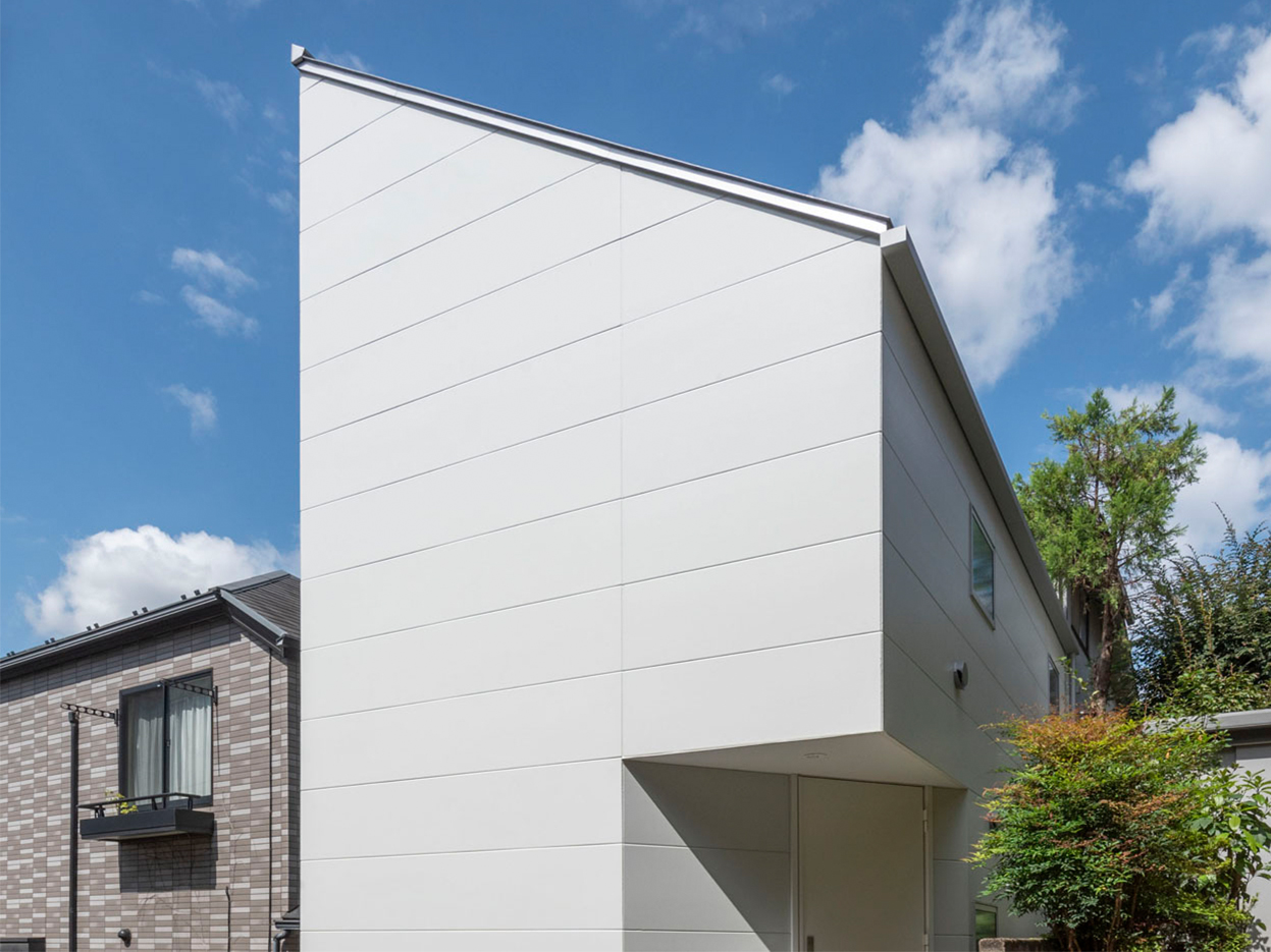 渋谷区「ハレ/ハナ/ハコ」の狭小住宅 完成写真01