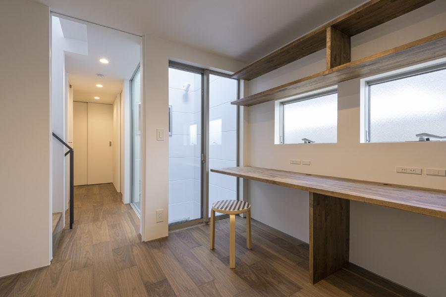渋谷区「ハレ/ハナ/ハコ」の狭小住宅 完成写真